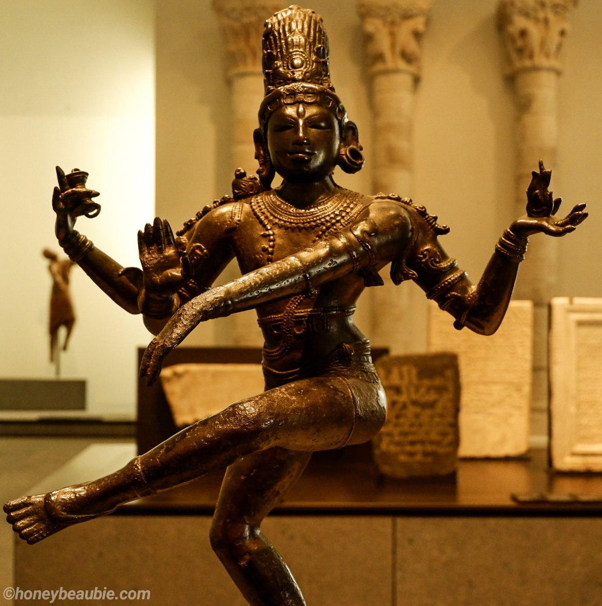 shiva-sculpture-eastern-art-collection-louvre-abu-dhabi