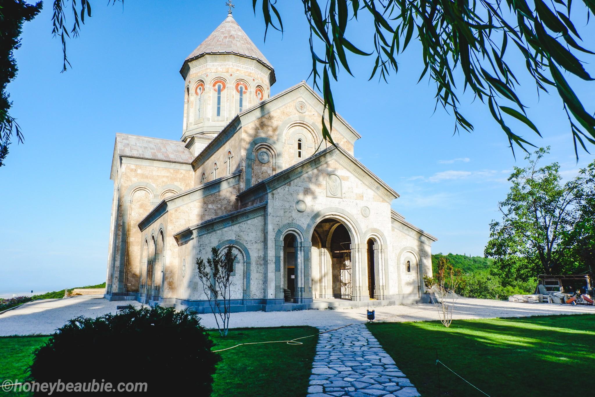 tourists-visiting-bodbe-monastery-and-nunnery-in-kakheti-georgia