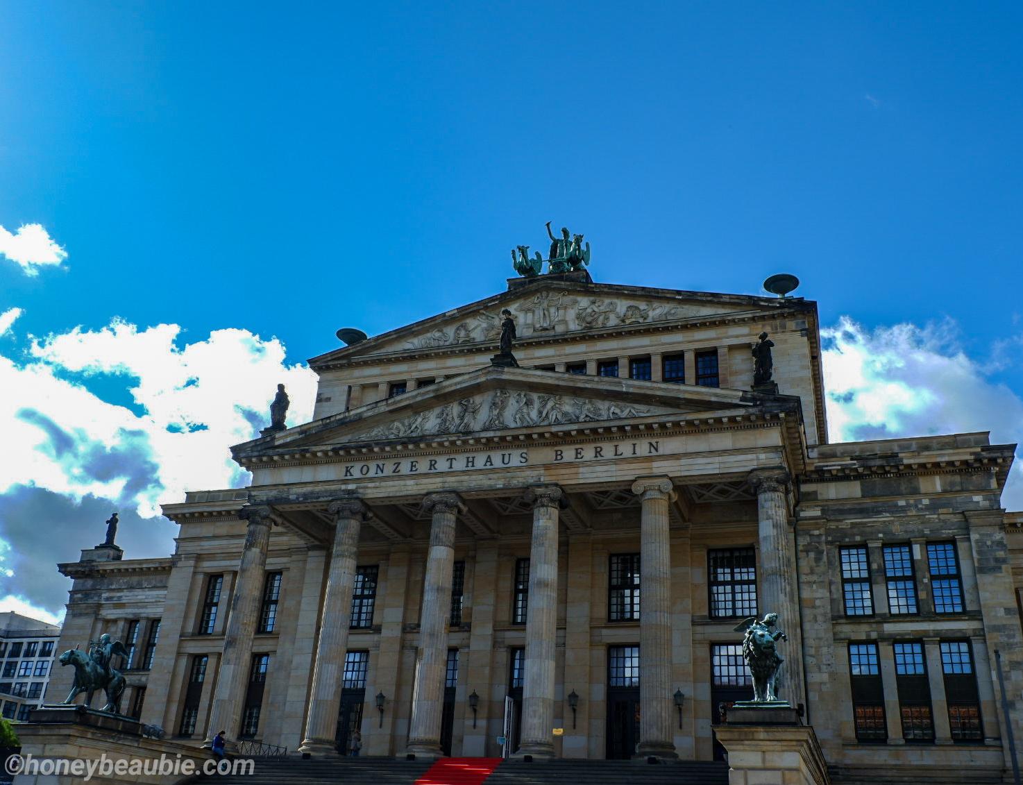 konzerthaus-in-berlin-symphony-orchestra