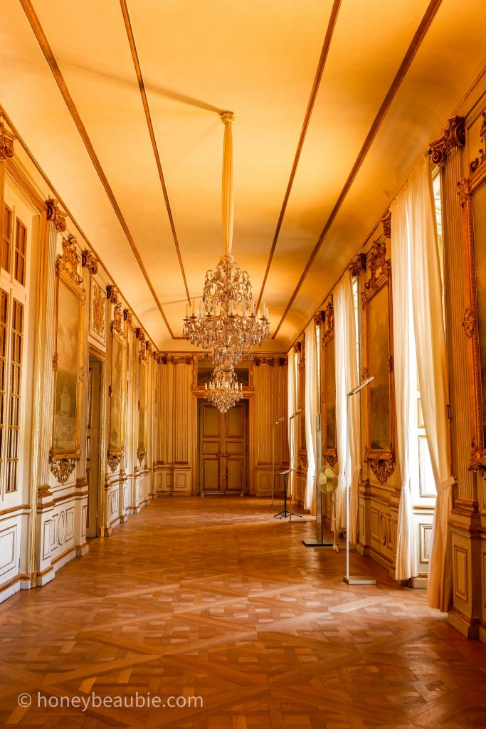 nymphenburg-palace-hallway