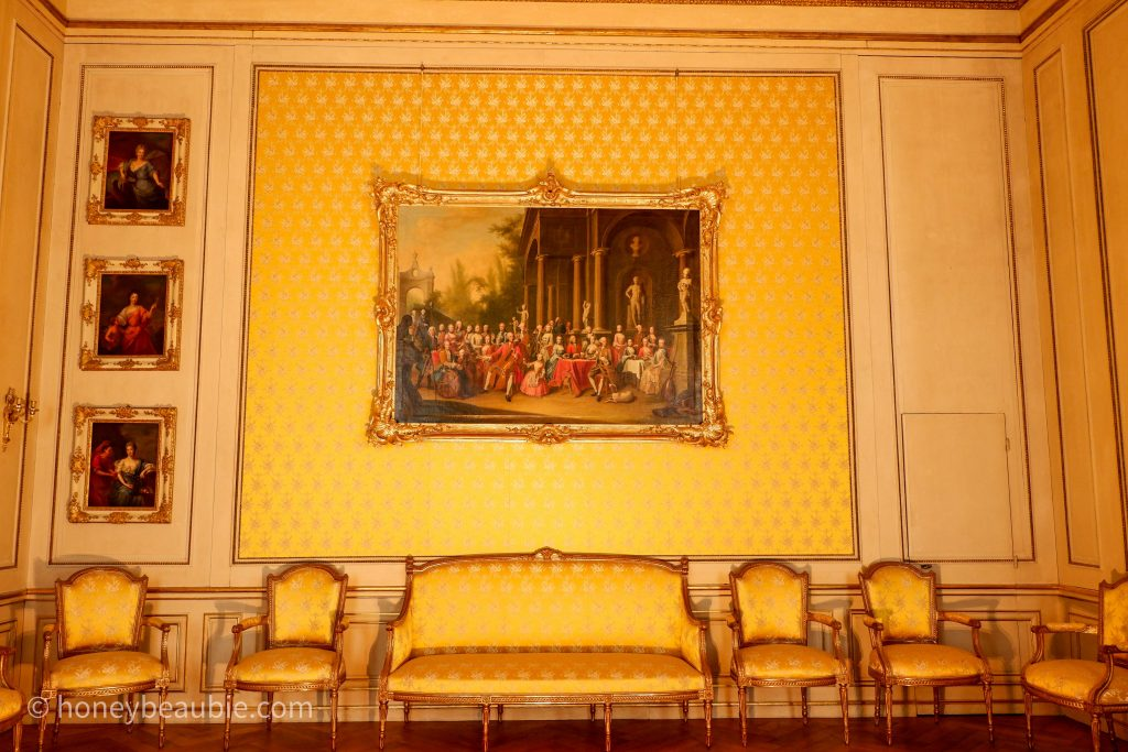nymphenburg-palace-royal-apartment-2